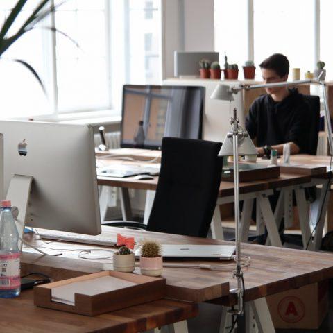 Wat zijn de voordelen van ergonomisch werken?
